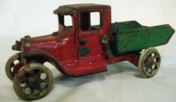 19: Arcade Cast Iron Locking Dump Truck