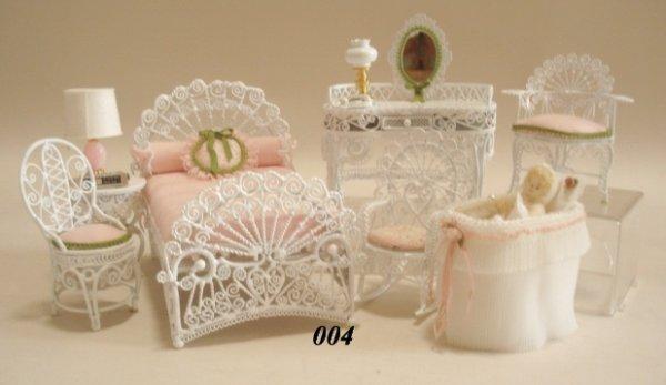 4: White Metal Bedroom Set