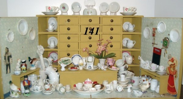 141: This & That Porcelain Shoppe