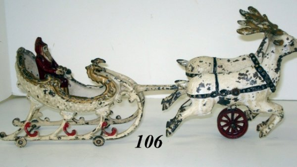 1106: Hubley Cast Iron Santa & Sleigh