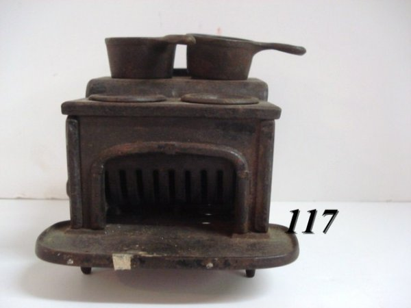 1117: Cast Iron Stove