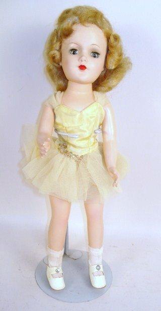 1119: Mary Hoyer Doll