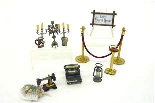 Dollhouse Small Metal Accessories