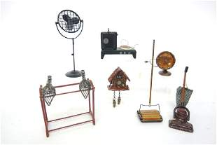 Small Dollhouse Assorted Accessories