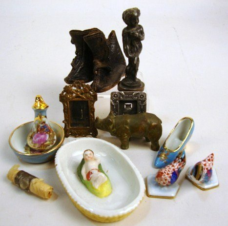 Dollhouse Accessories