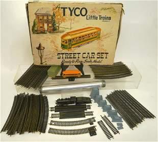HO Scale Train Lot, Locomotive, Track