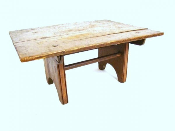 14: 19th C. American Pine Hutch Table