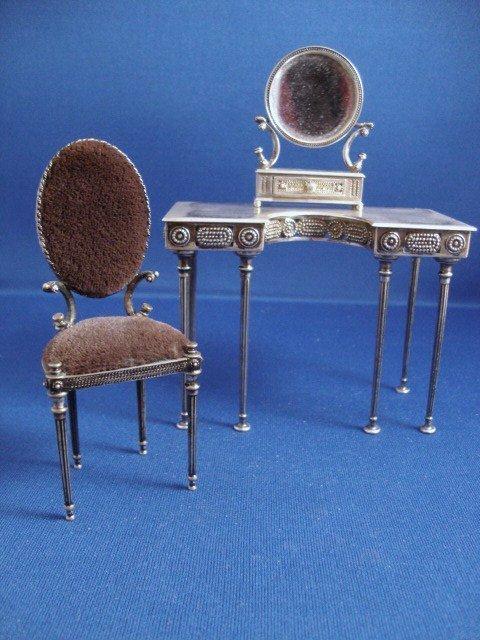 481: Silver Vanity, Chair, Dressing Mirror