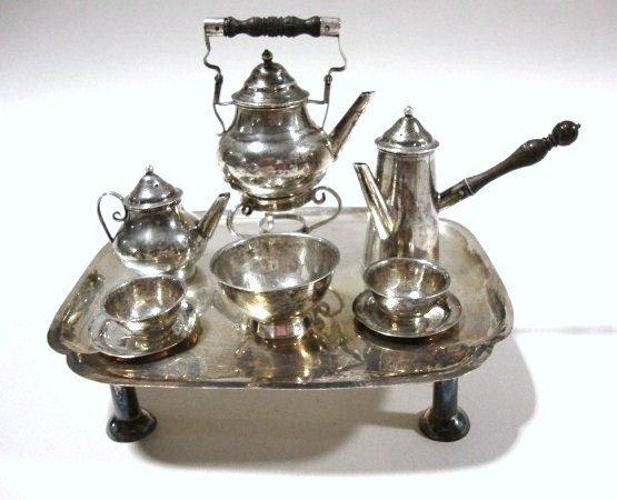 591: David Clayton George I Silver Tea and Coffee Servi