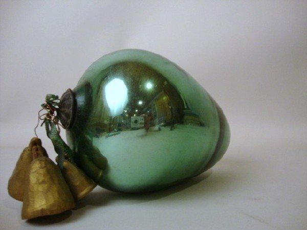 9: Acorn Shaped Green Kugal
