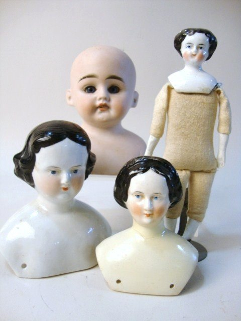 19: Miscellaneous Doll Lot