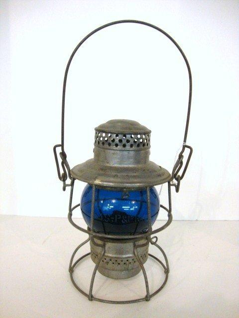 22: Wire Ring Bottom Railroad Short Globe Lantern