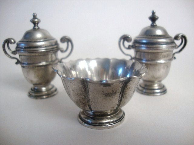 10: Pair Meyers George I Loving Cups