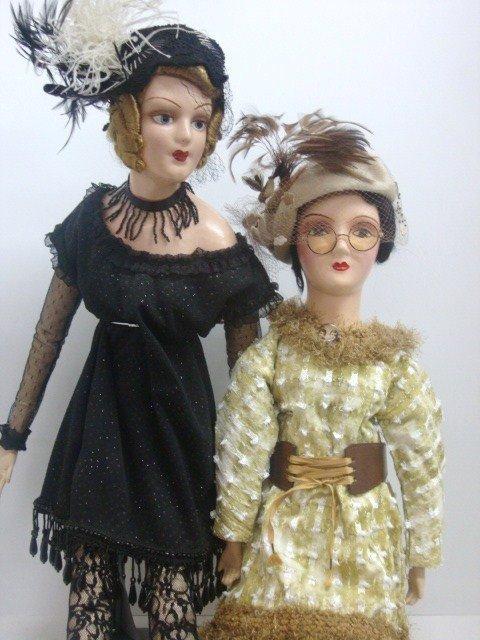 15: 2 Boudoir Bed Dolls
