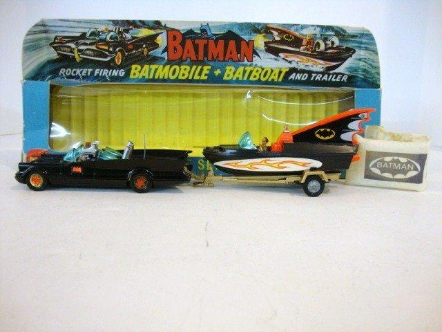 450: Vintage Corgi Batman Car and Boat Set in OB