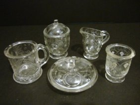 15: Child's Grape & Ovals Table Set