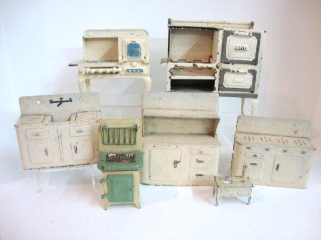 288: Vintage Metal Kitchen Appliances