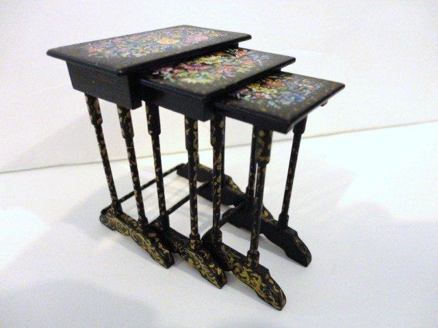 416: Wexler - Dube Victorian Nesting Tables
