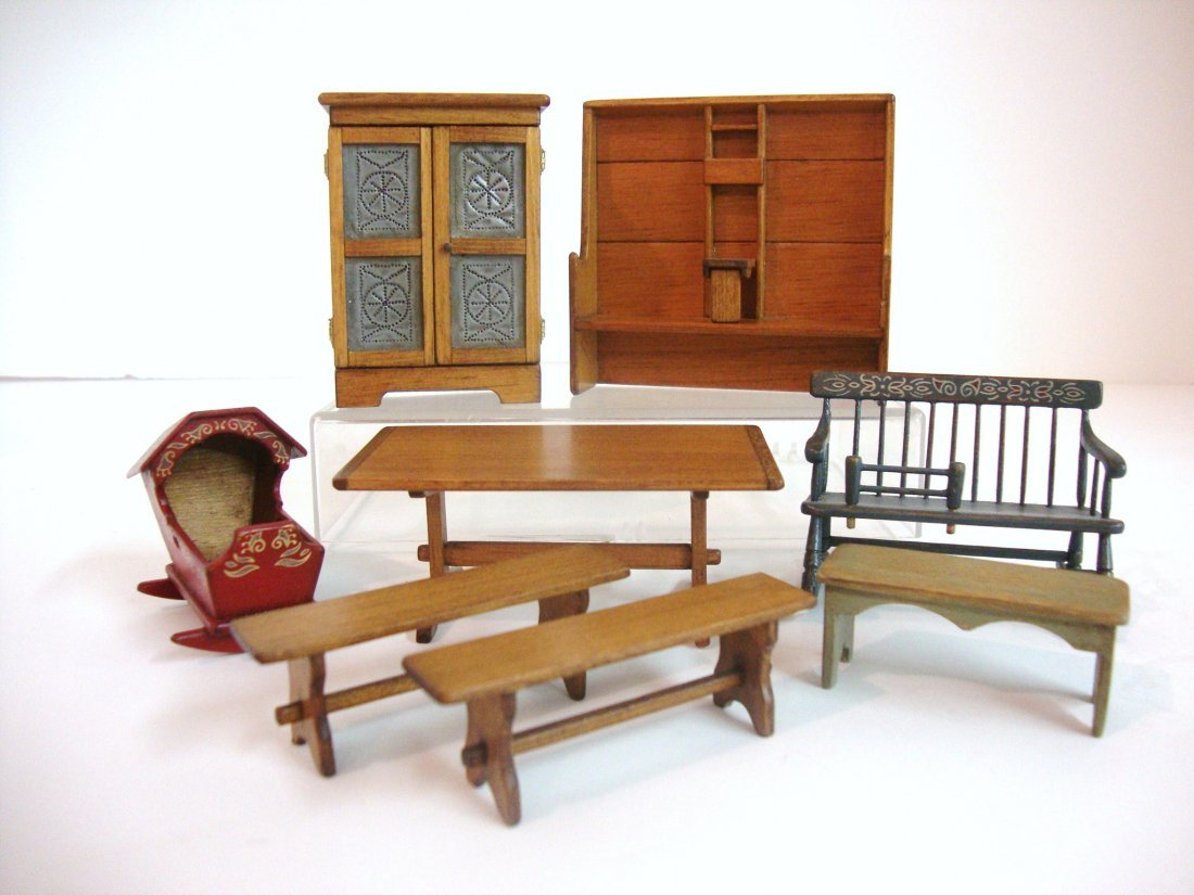469: Half-Inch Country Furniture