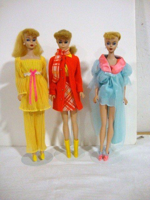 7: 3 Blonde Ponytail Barbies