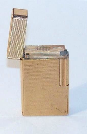14: Gold Dupont Paris Lighter