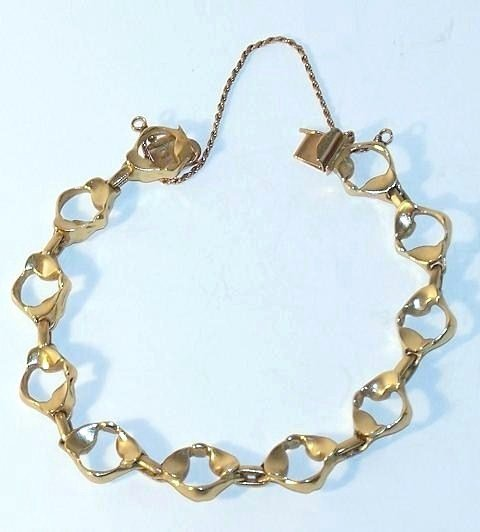 18: 14K Yellow Gold Link Bracelet