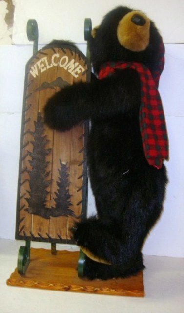 214: Dan Dee Bear Welcome Sign