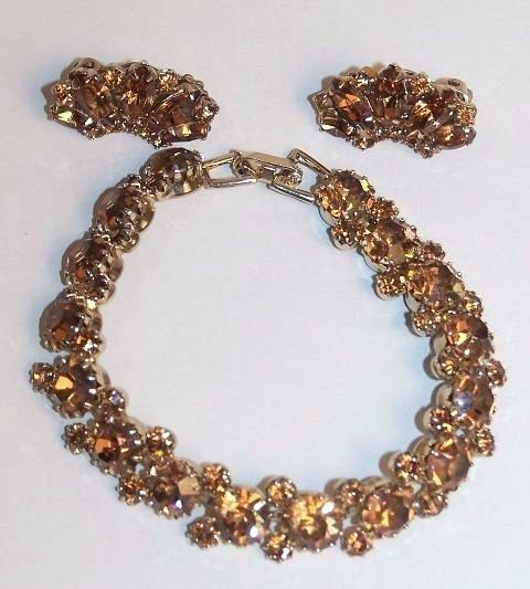 23: Weiss Bracelet and Earrings