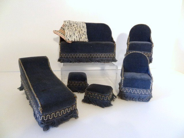 Antique Upholstered Parlor Suite