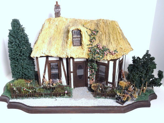 Half-inch Scale English Cottage