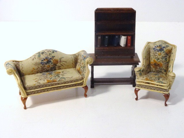 Mell Prescott Half-inch Scale Sofa and Chair