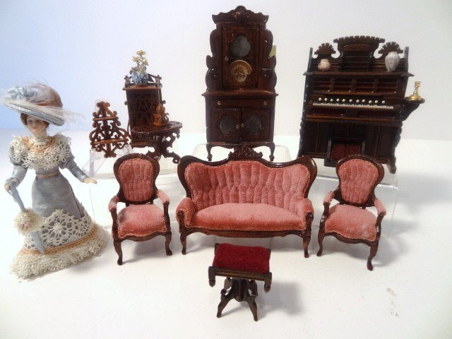 Half-scale Victorian Parlor Group