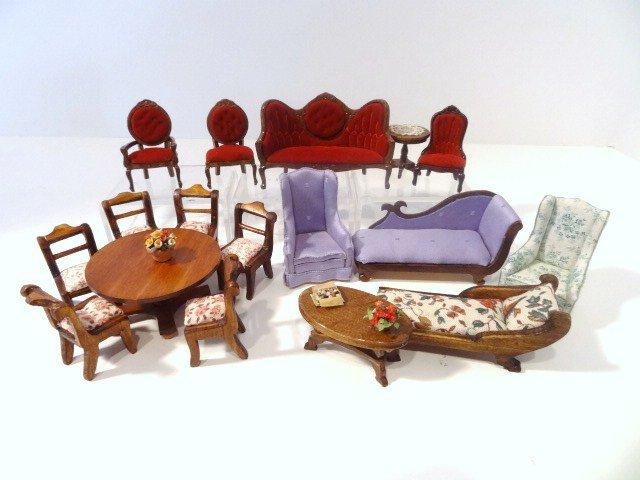 Jeanne Chapman Half-scale Furniture