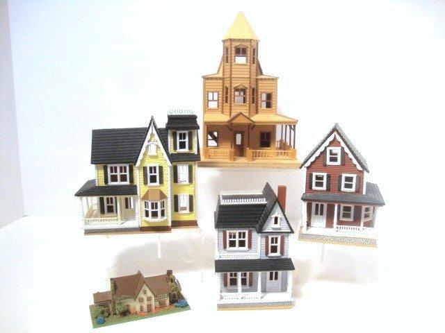 Quarter-scale Houses