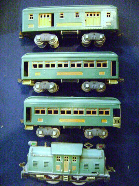Prewar Lionel 352E Train Set in OB