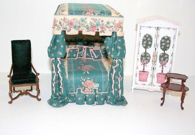 Artisan Canopied Bed