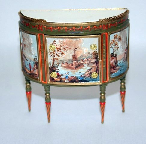Renee Isabelle Commode