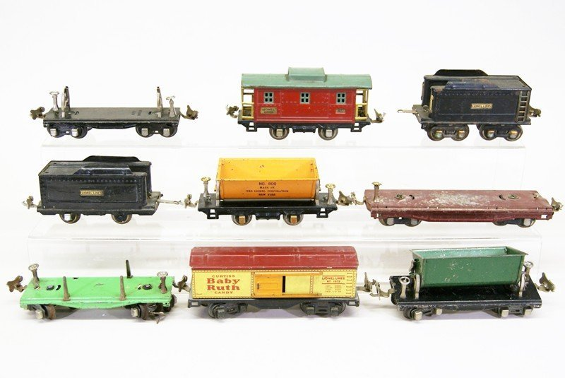 Nine Lionel Pre-war Freight Cars