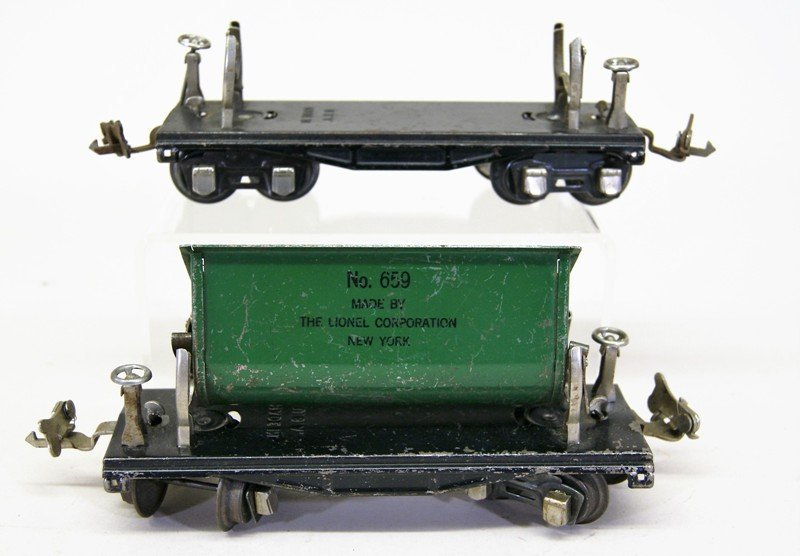 Nine Lionel Pre-war Freight Cars - 4