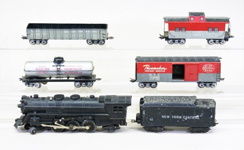 Vintage Marx Six Piece Freight Set