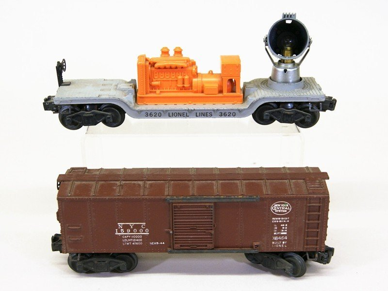 Nine Lionel Freight Cars - 2