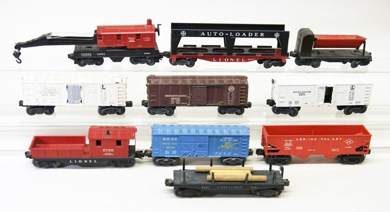 Mixed Lionel Freight Car Lot, Ten Pieces