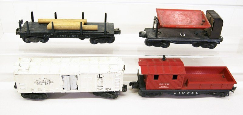 Mixed Lionel Freight Car Lot, Ten Pieces - 4