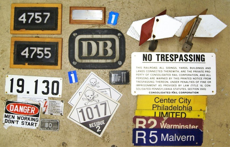 Group Railroad Signs & ID's