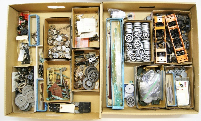 Large Grouping of Miscellaneous Train Parts