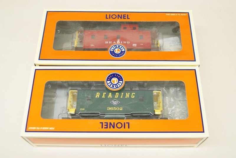 Lot of Ten Lionel Reading Railroad Rolling Stock - 3