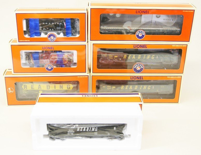 Lot of Seven Lionel Reading Railroad Rolling Stock
