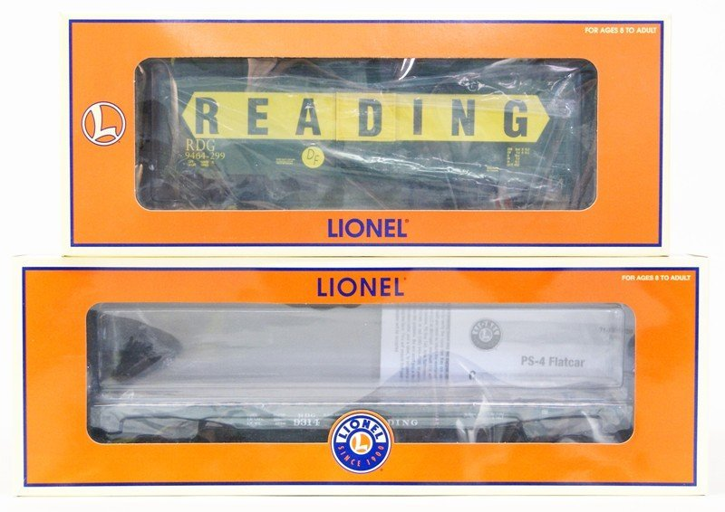 Lot of Seven Lionel Reading Railroad Rolling Stock - 5