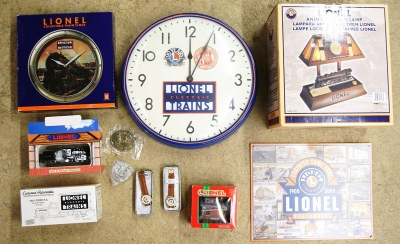 Lionel Lot of Collectibles