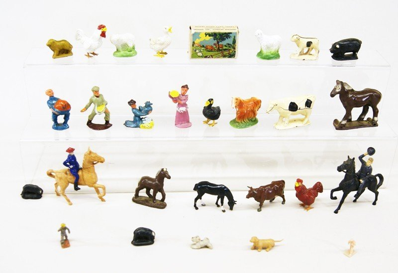 Thirty-one Farm Related Figures